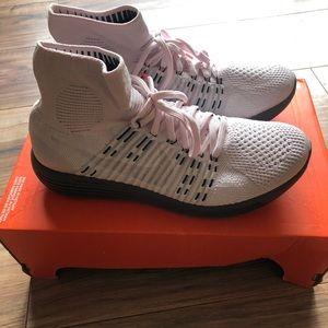 Nike lab lunarepic flyknit size 9.5